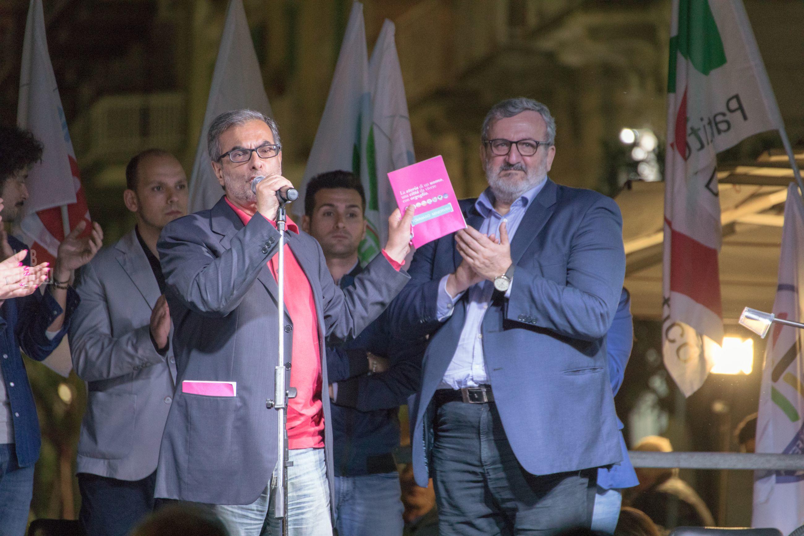 Comizio candidato sindaco Tommaso Minervini con Michele Emiliano - 26 maggio 2017 - Molfetta