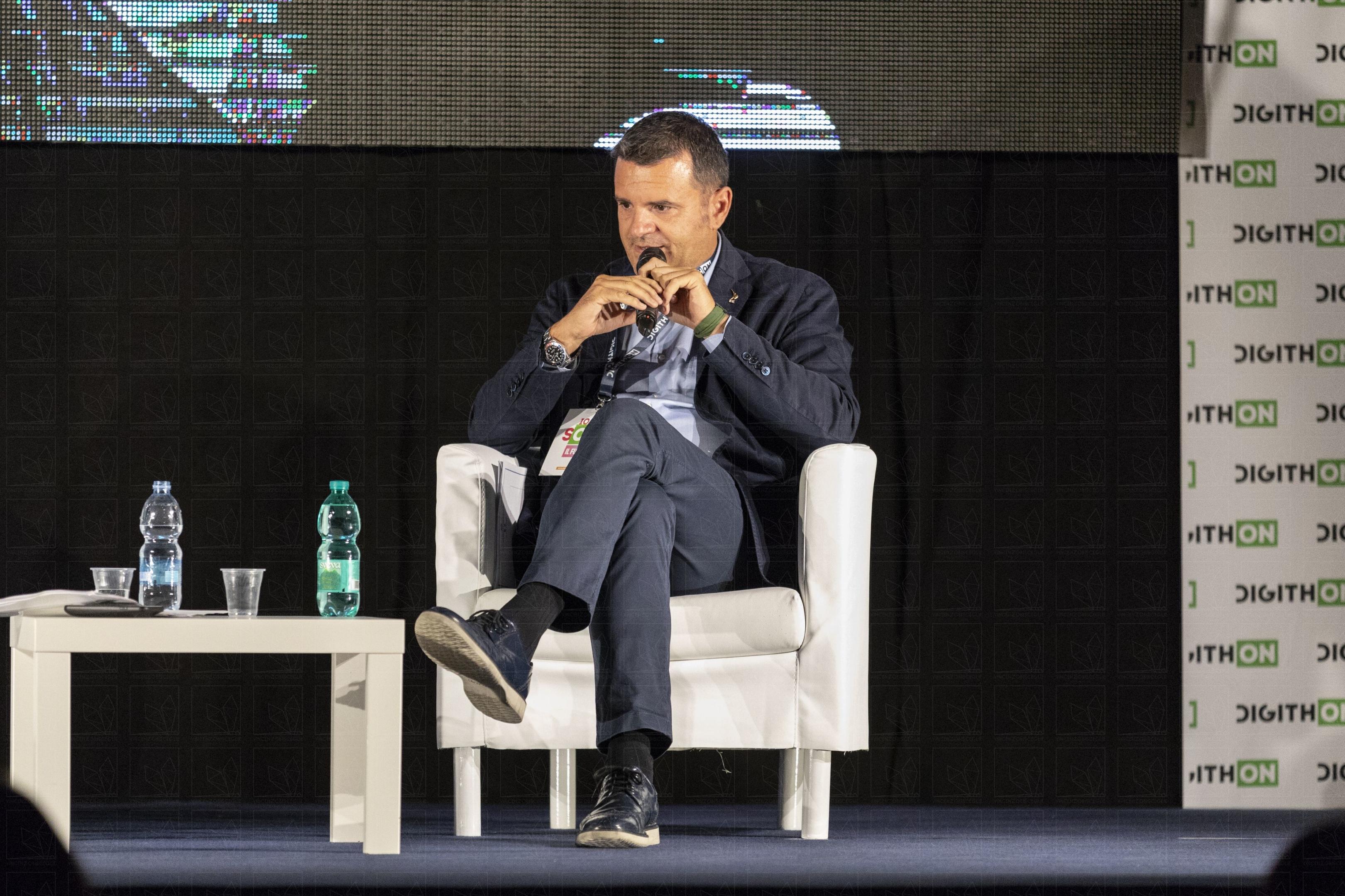 Gian Marco Centinaio al Digithon 2018 a Bisceglie